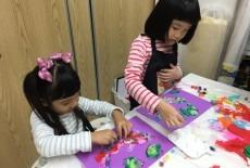 activekids bradbury school kids two girls art class stubbs road wan chai