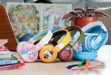 Buddyphones colorful headphones display