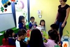 Dramatic English Learning Centre Kids English Class