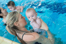 harry wright international infant aquatic swim class with baby and mother discovery bay