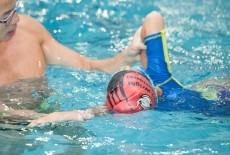 Harry Wright International Kids swim class with coach West Island School Pok Fu Lam