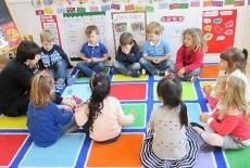 Woodland Beachside Pre-school Kids Kindergarten Class